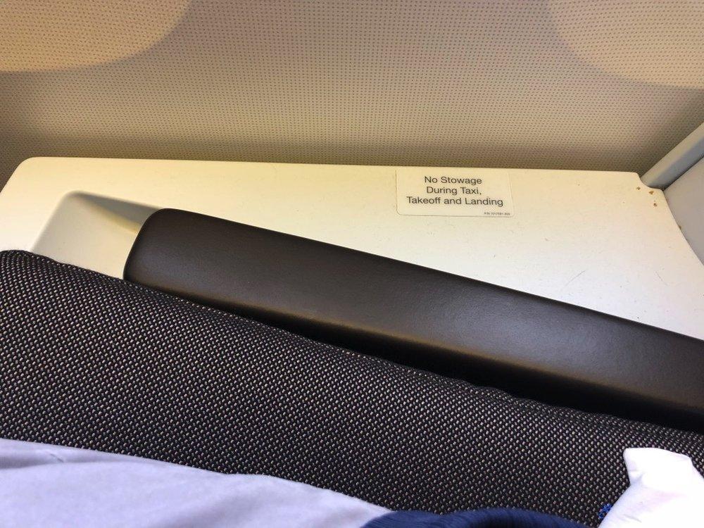 KLM835 Seat Armrest down.jpg