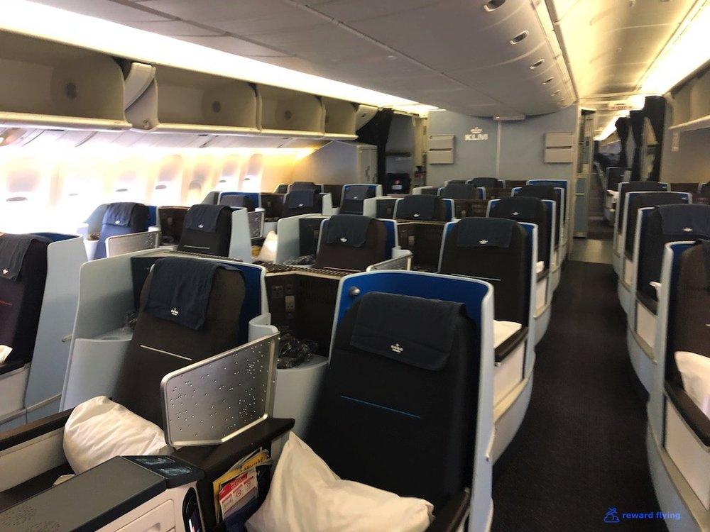 KLM835 Cabin F2.jpg