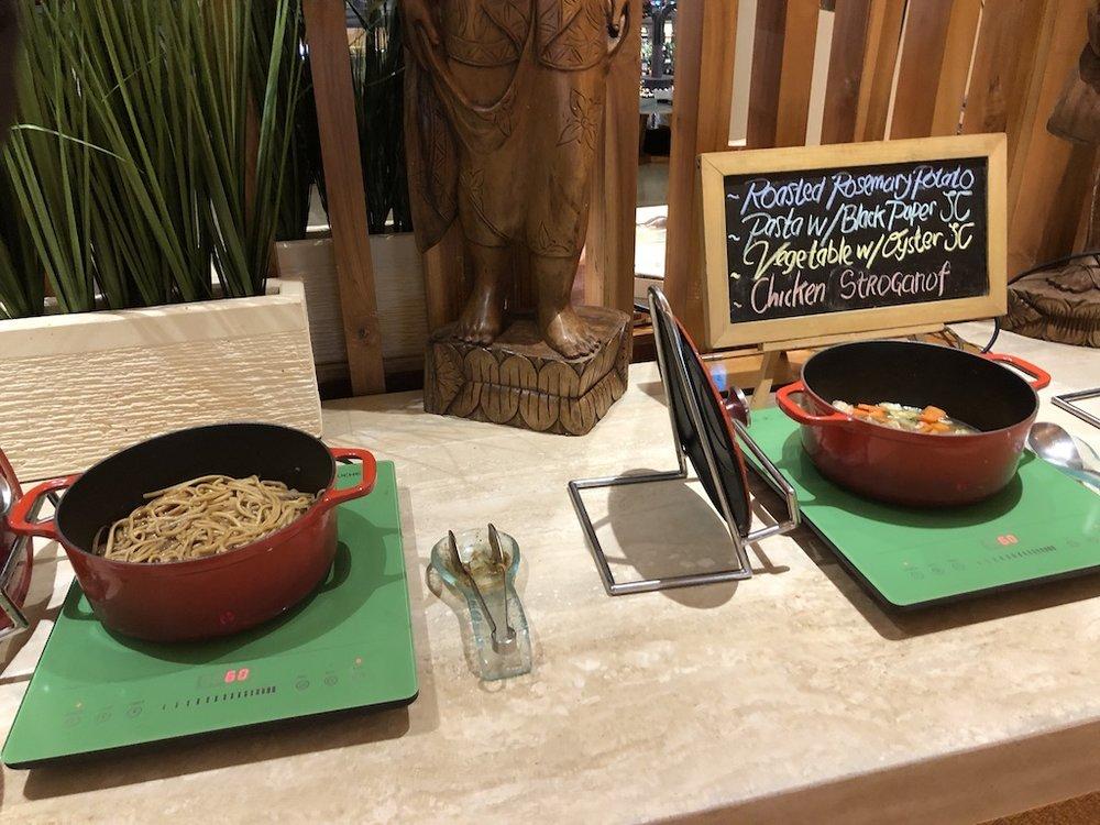 GA870 Lounge Food 2.jpg