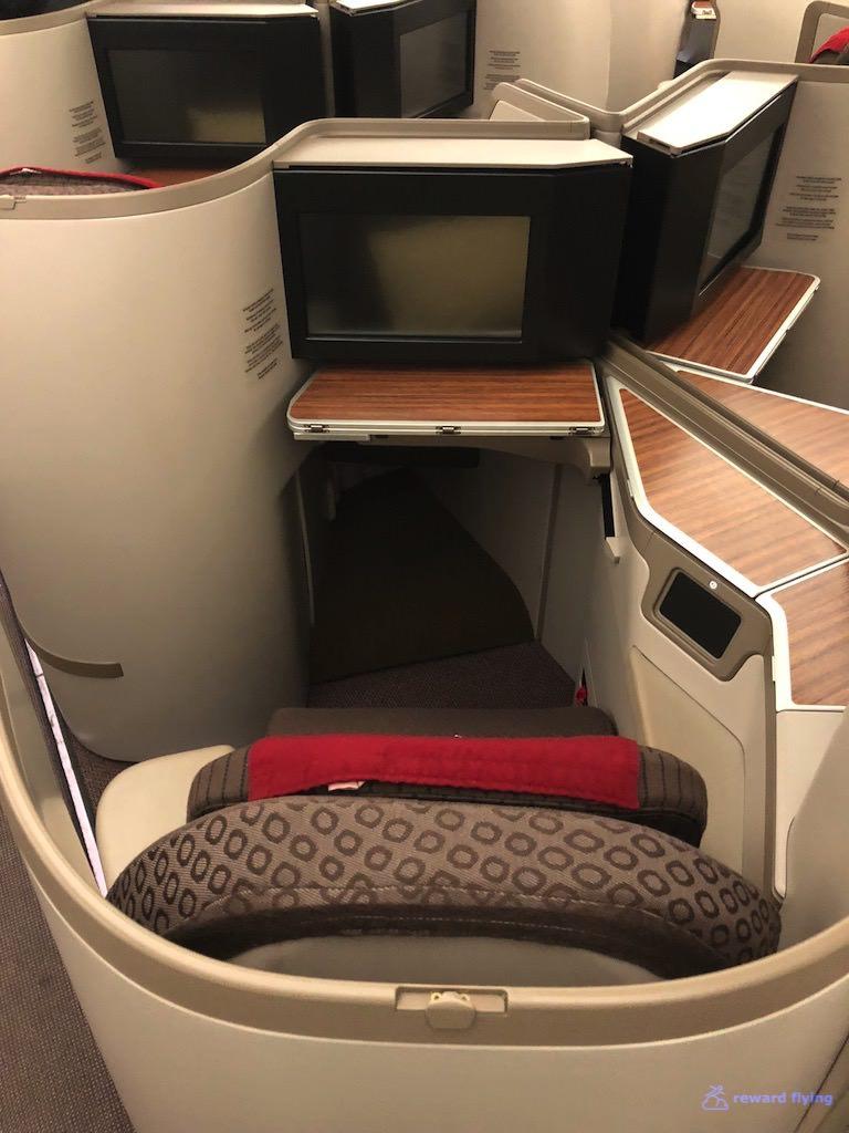 GA870 Seat 4 Center.jpg