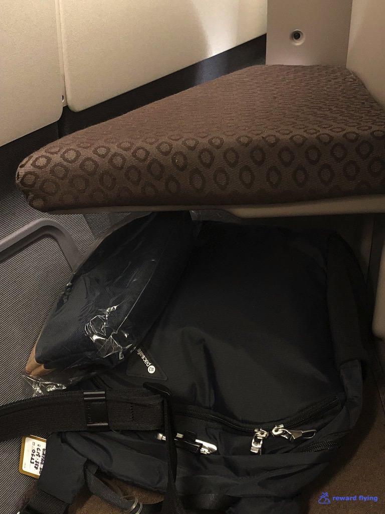 GA870 Seat 7 Ottoman.jpg