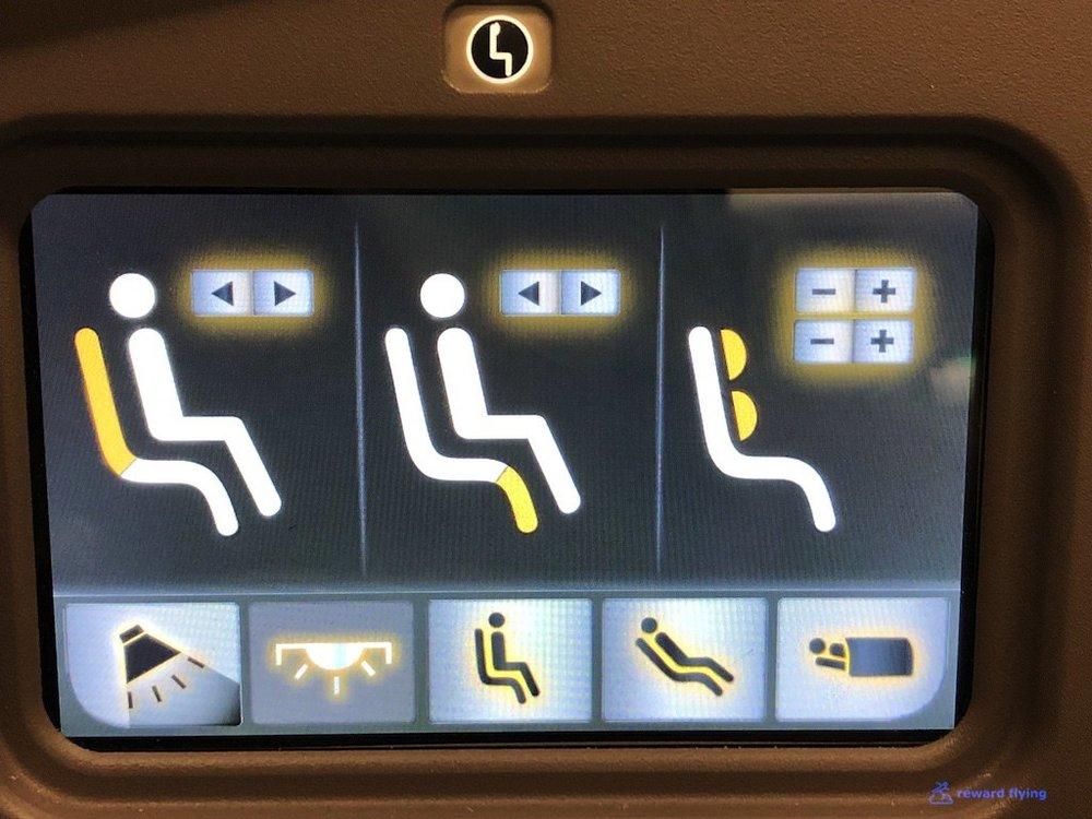 GA870 Seat Acc 1 Controls.jpg