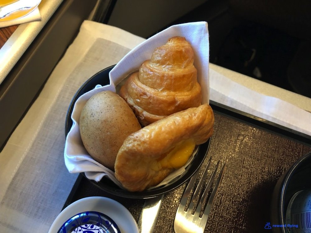 GA870 Brk CI Bread.jpg