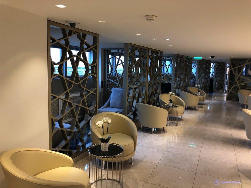 QR42 Lounge 7.jpg