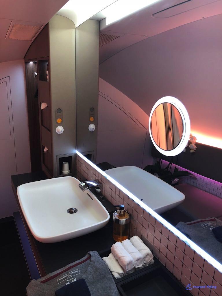 QR908 Cabin Lav 1.jpg