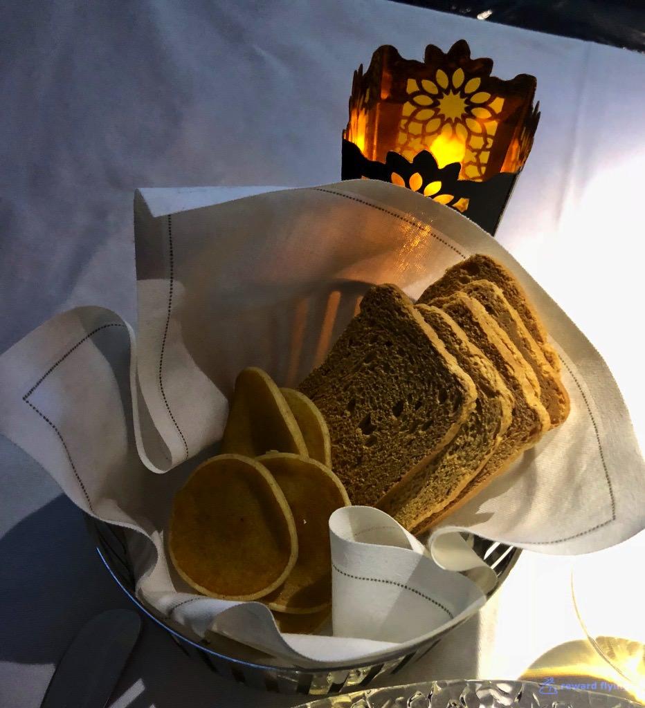 QR908 Food Cav 5.jpg