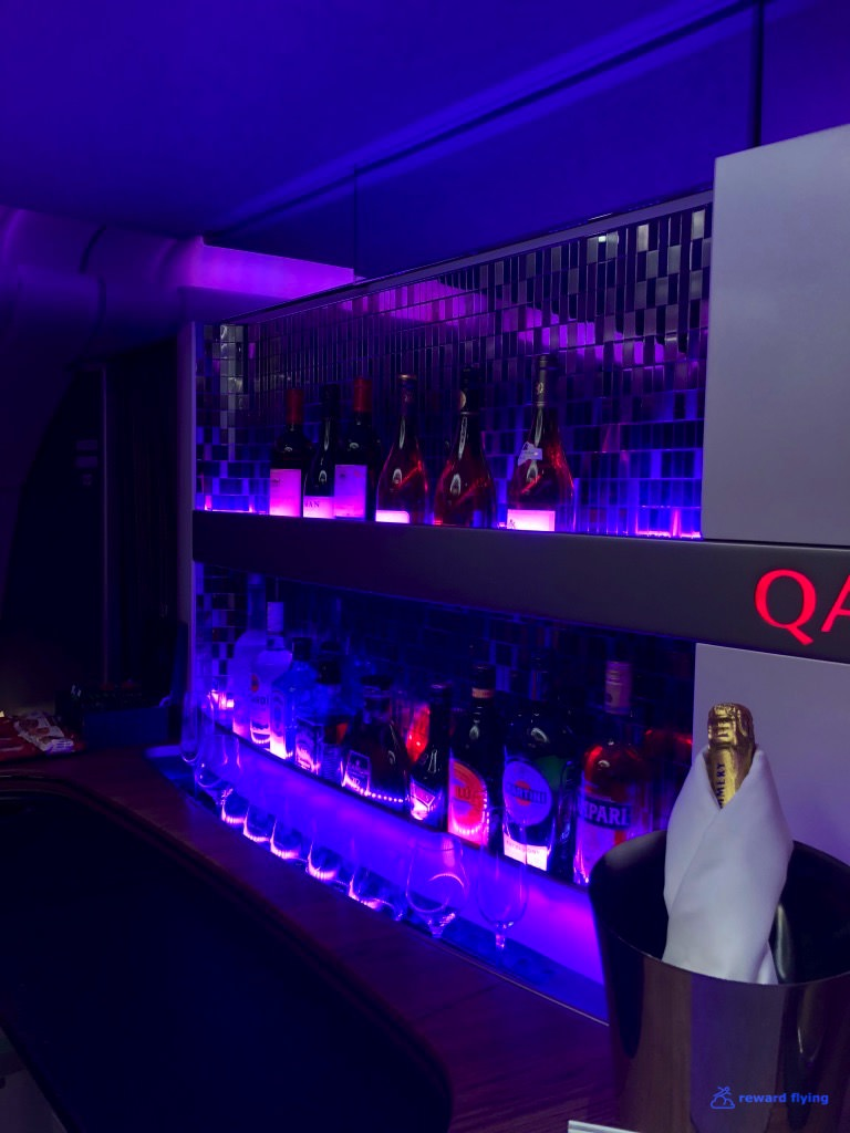 QR908 Cabin Bar 7.jpg