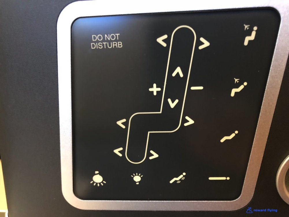 QF906 Seat Controls.jpg