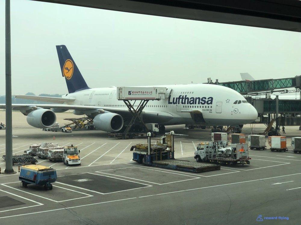 LH723 Plane 1.jpg