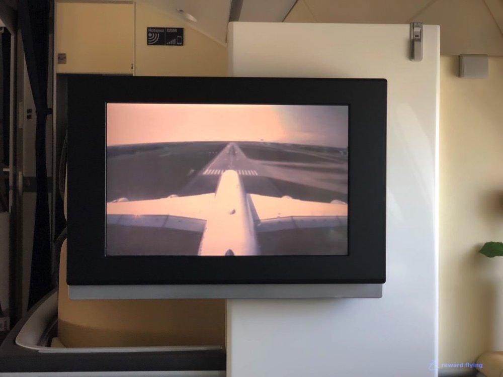 LH723 Landing 2.jpg