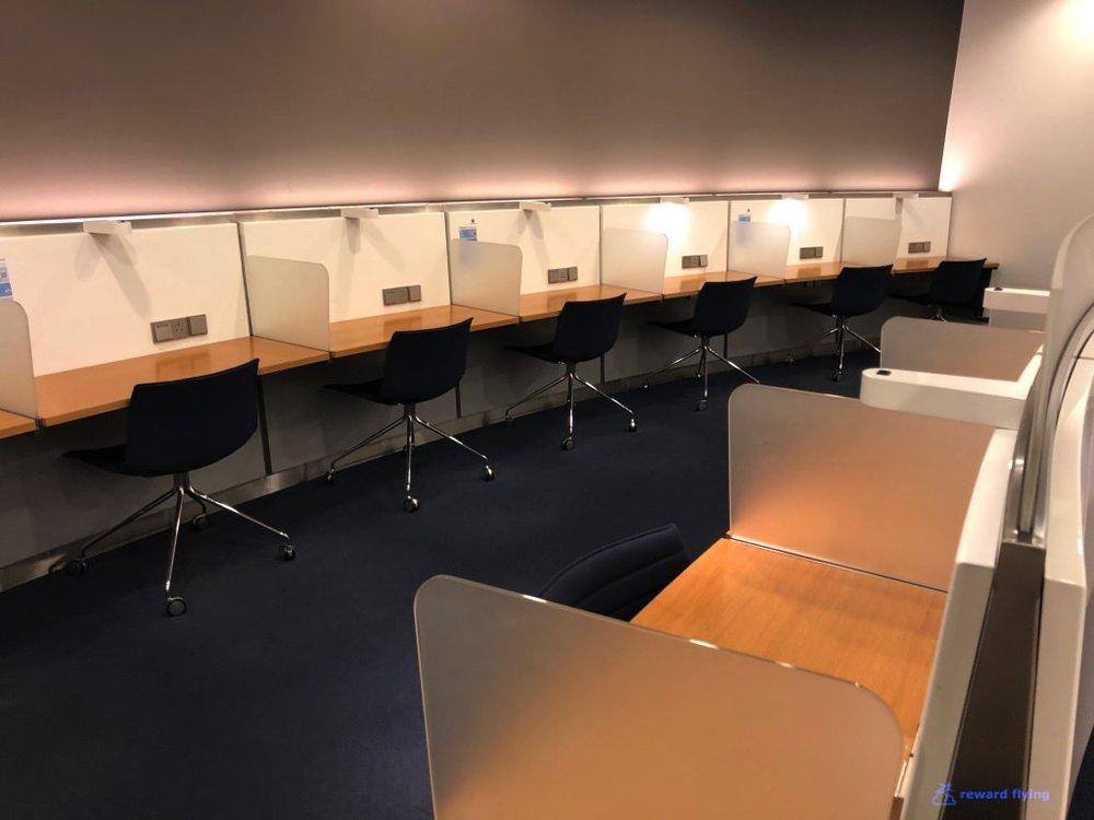 SQ26 Lounge 5.jpg