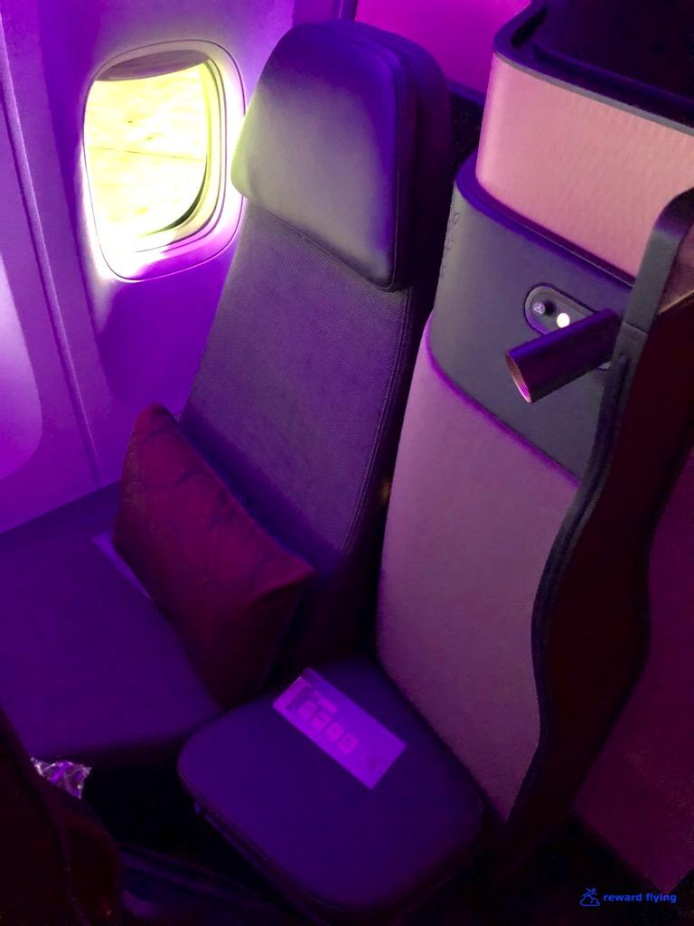 QR726 Seat 2.jpg