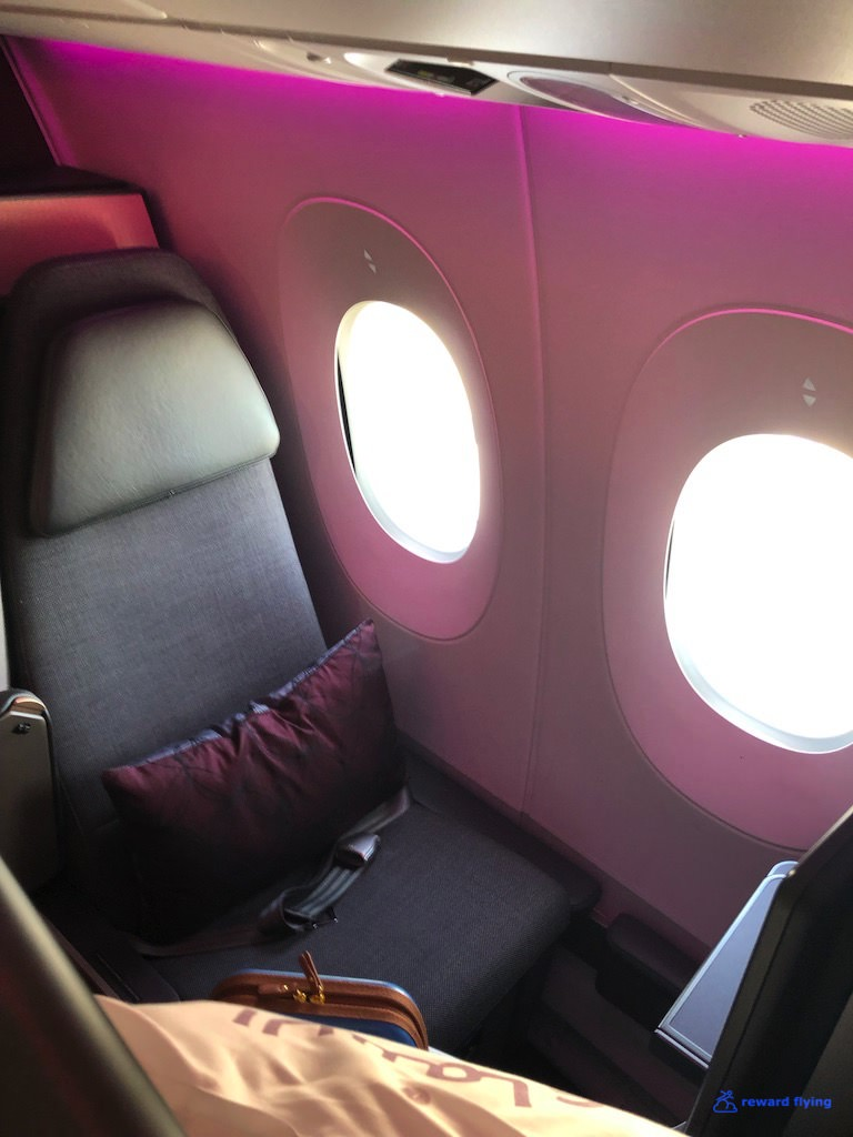 QR944 Seat 2.jpg