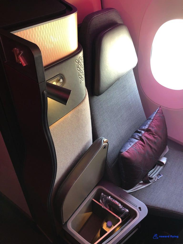 QR944 Seat 4.jpg