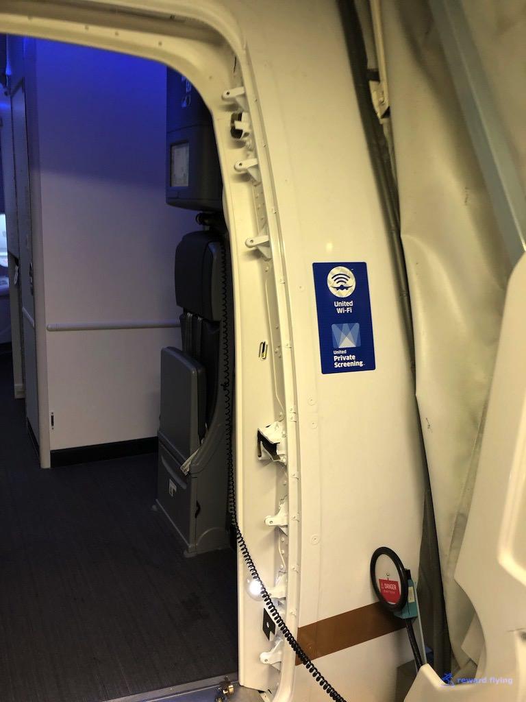 UA2418 Boarding 1.jpg