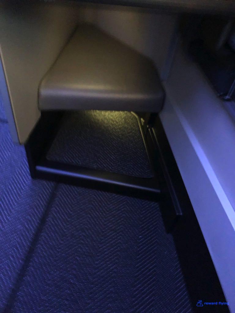 UA2418 Seat Footwell Non Bulk.jpg