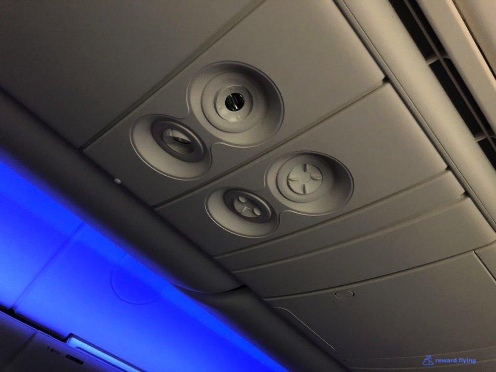 UA2418 Seat Air Nozzles.jpg