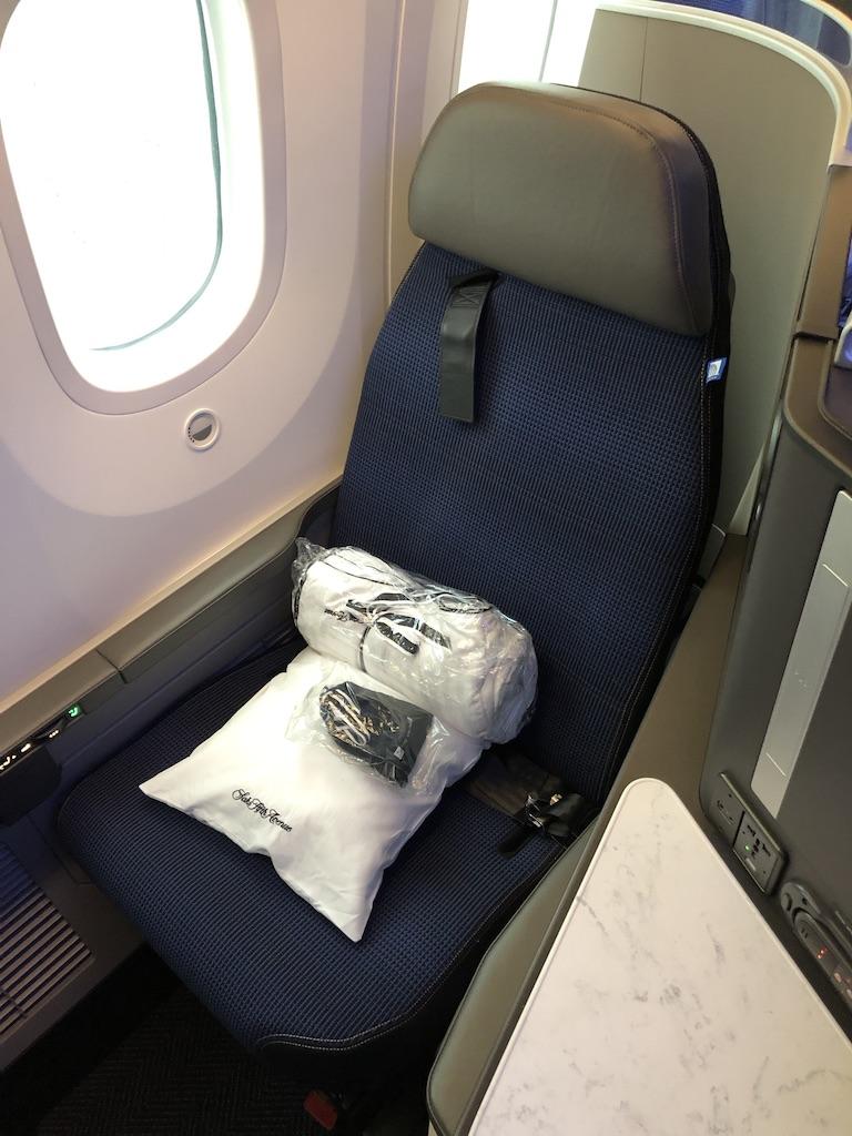 UA - 787-10
