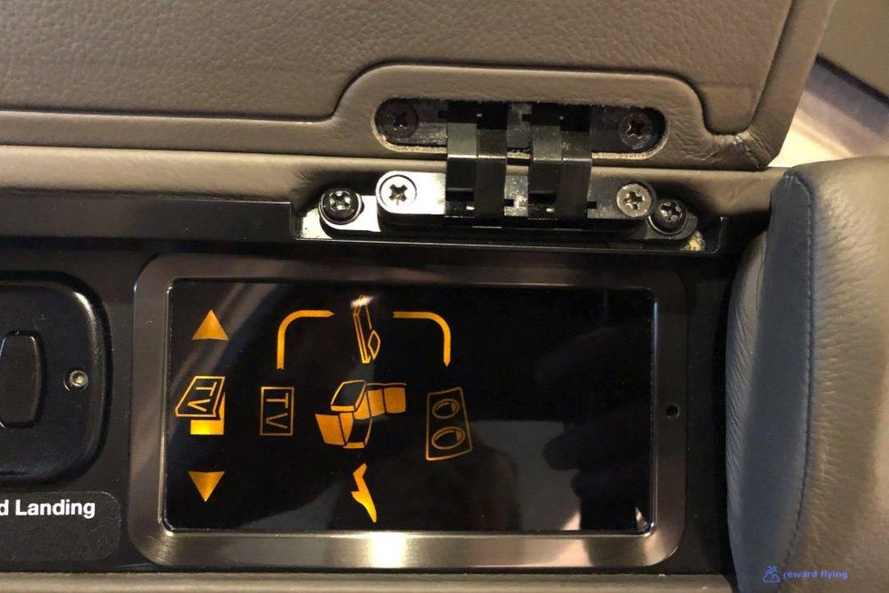 SQ861 Seat 2.jpg