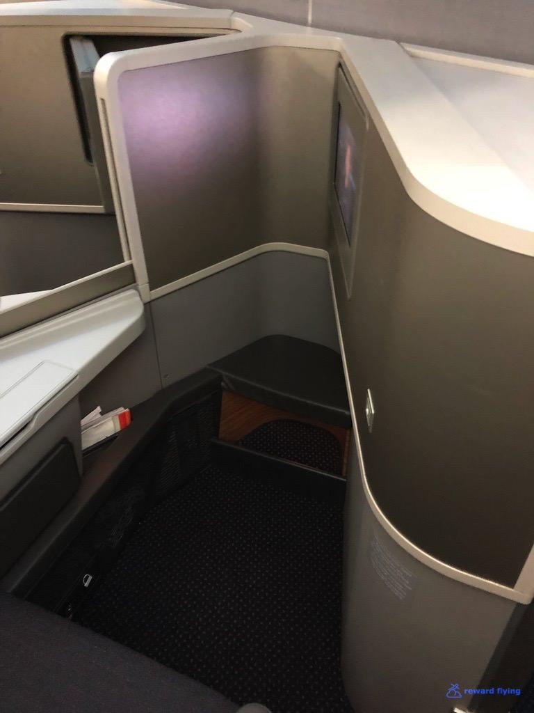 AA2300 Seat FF 3.jpg