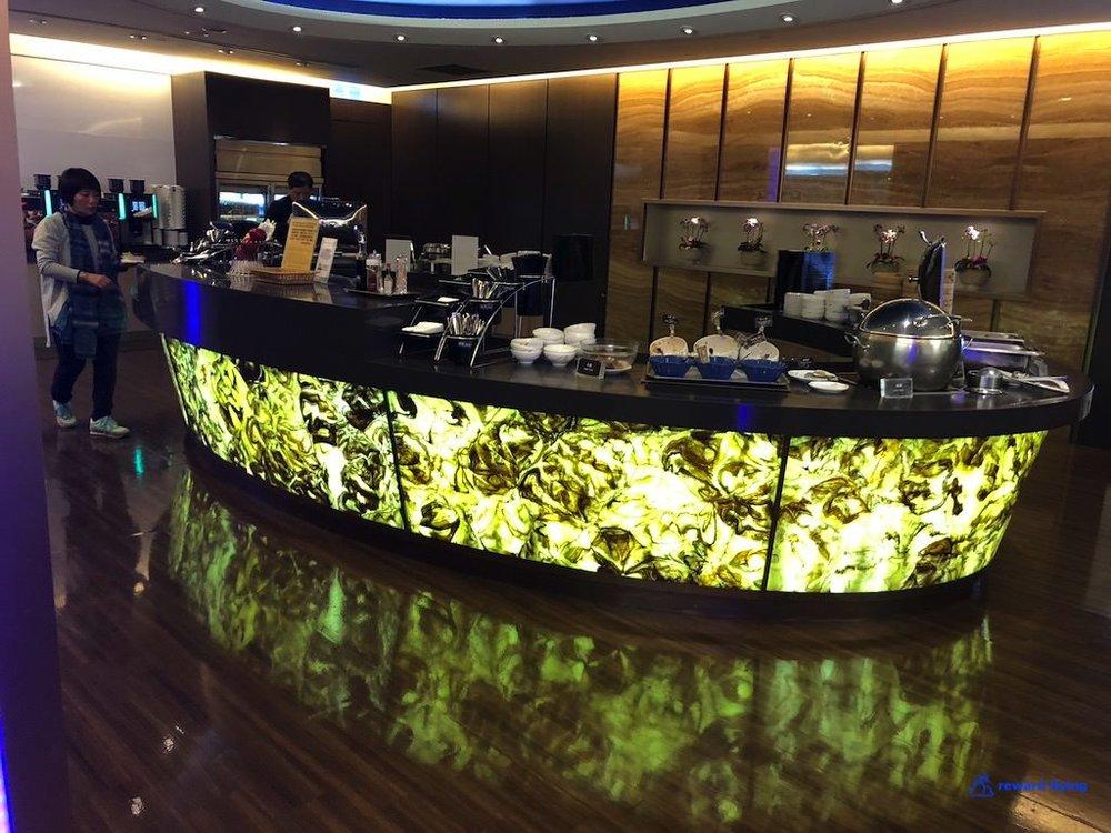 HX253 Lounge 7.jpg