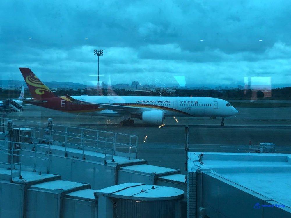 HX253 Plane 1.jpg