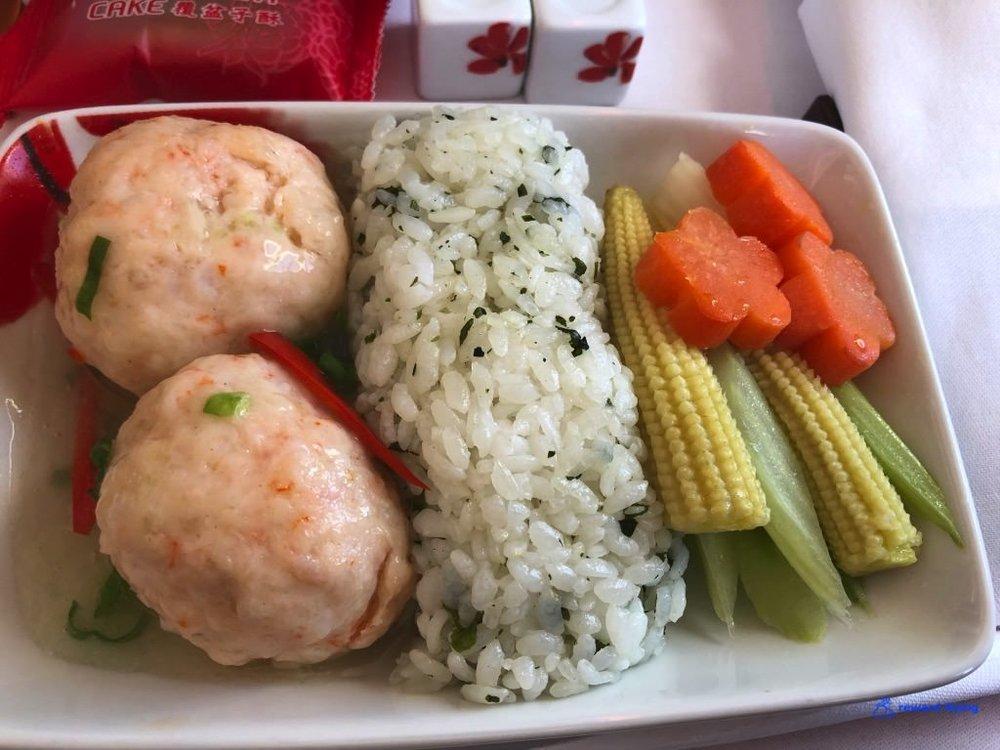 HX253 Food 3.jpg