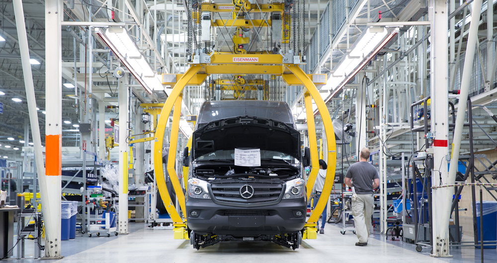 Starting in January 2018, Mercedes-Benz Vans will begin a mass hiring initiative for manufacturing positions at its North Charleston plant, the company announced Wednesday. By 2020, company officials say Mercedes expects to have added more than 1,000 new jobs in the Lowcountry(...)   Click to read more   Source: ABC News 4