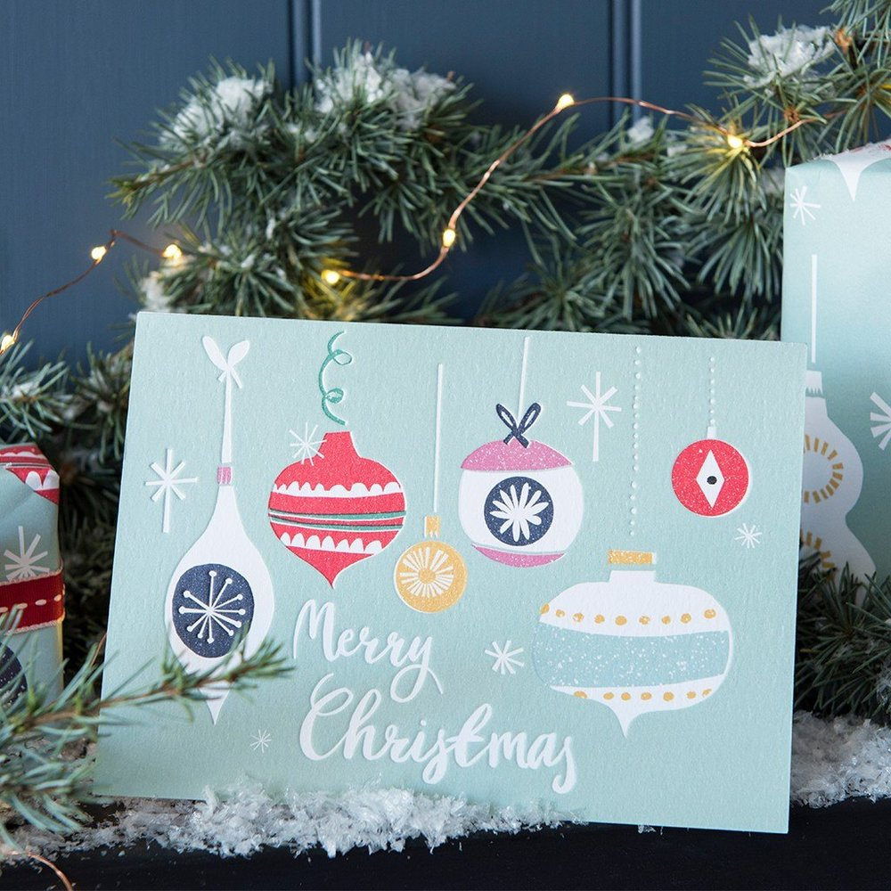 joli-noel-christmas-card-27023-lifestyle.jpg