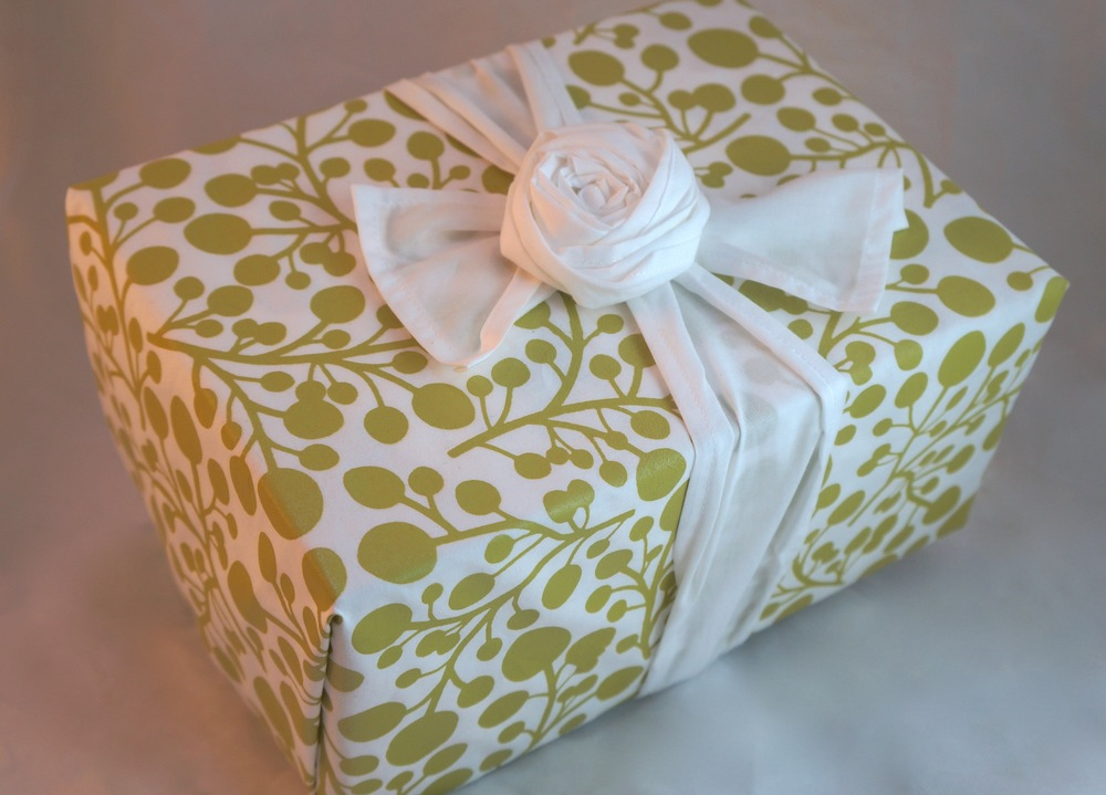 Enfold gift wrap