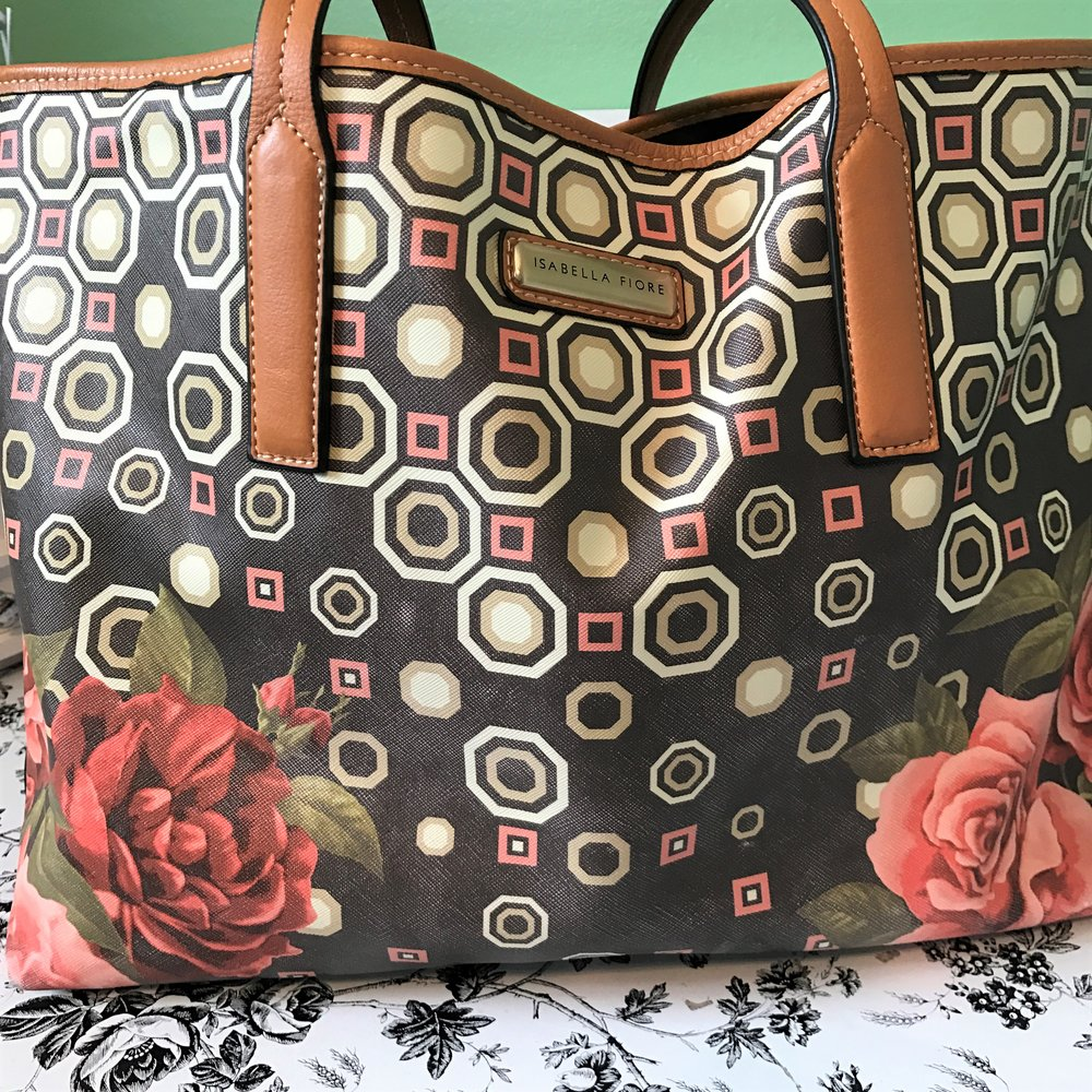 Isabella Fiore Tote with roses