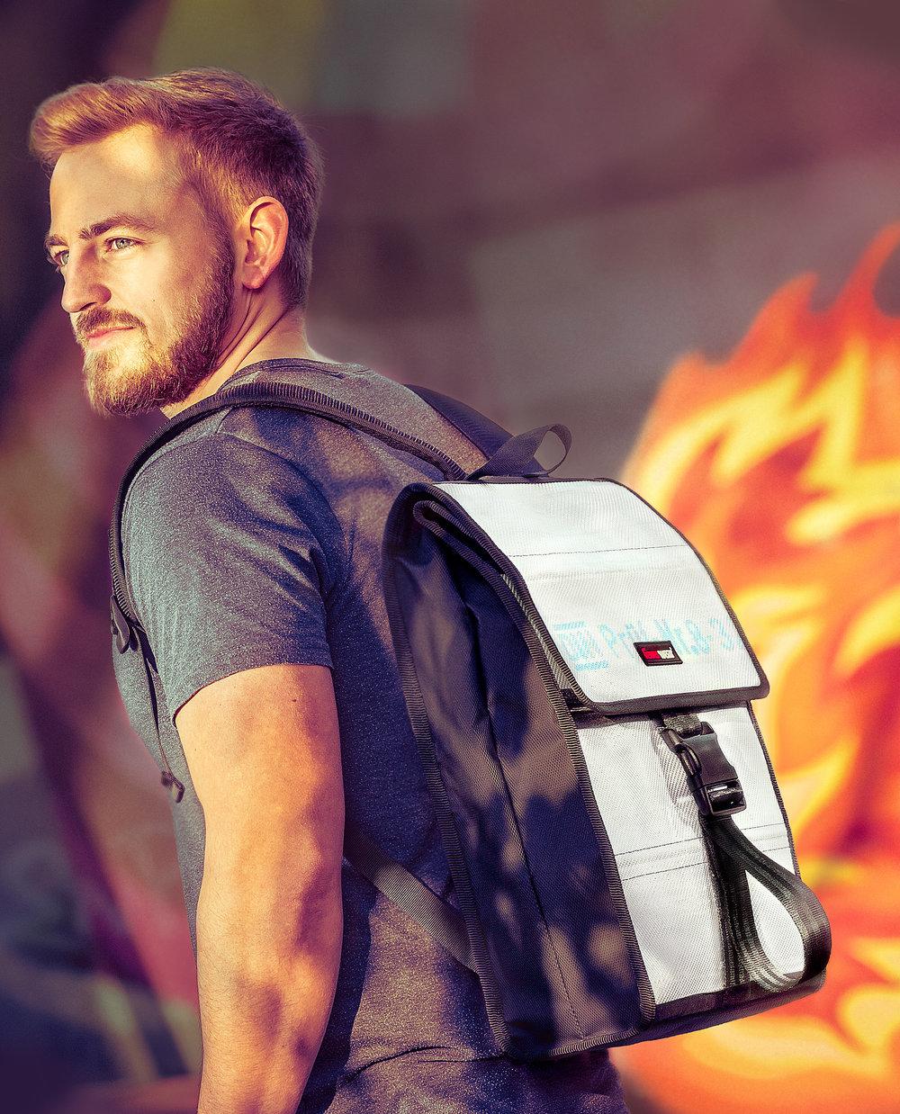 Feuerwear Kampagnenmotiv für Rucksack Eric