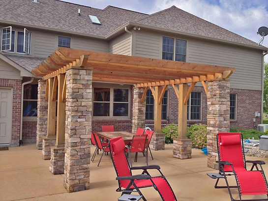 Rustic Pergola with stone columns_screen_600px.jpg