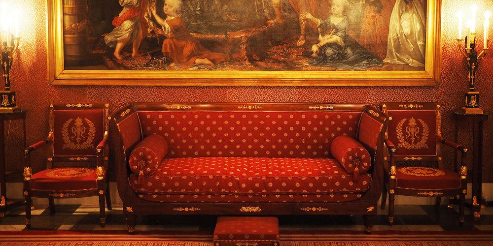 palace2.jpg