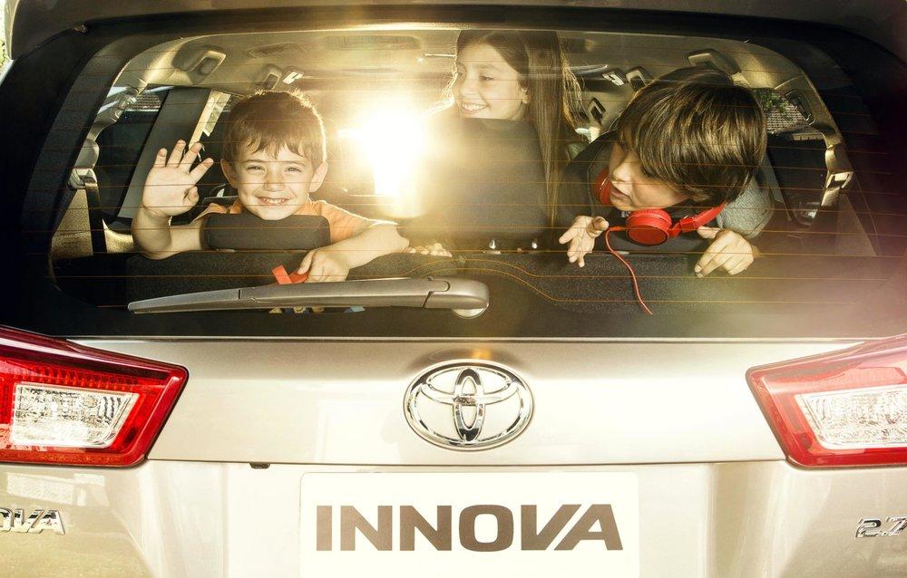 Toyota-Innova-4.jpg