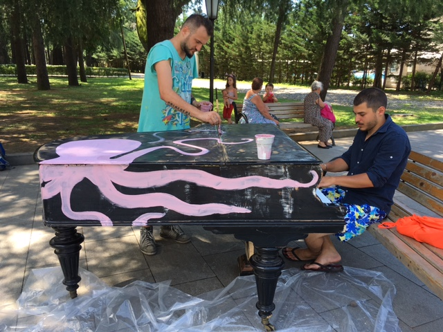 Piano painting project