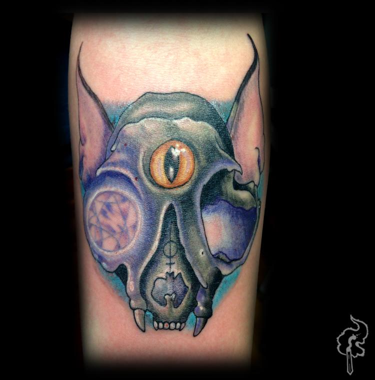 Ben_Reigle_Glowing_Eye_Cat_Skull.jpg