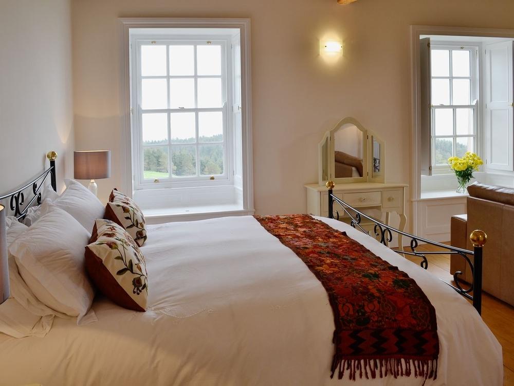 Fresh Perception Retreats HL master bedroom .jpg