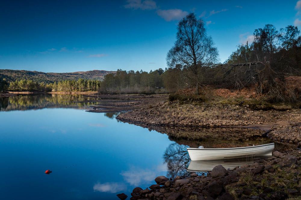 Early morning on Loch Beinn A' Mheadhoin.