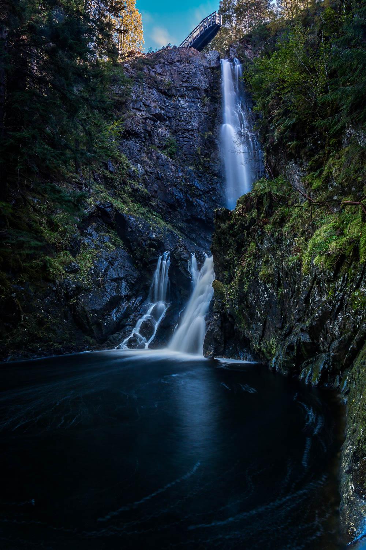 Plodda Falls and the viewing platform.