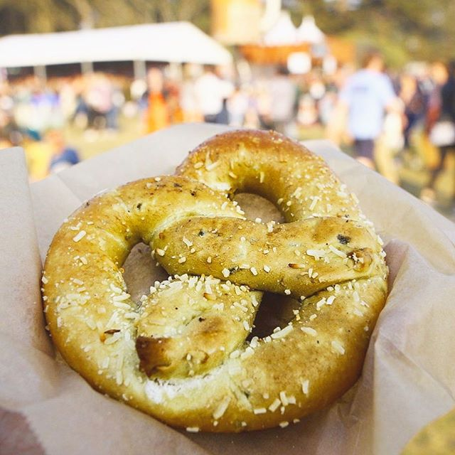Jalapeño Cheese Filled Pretzel for a light snack 😝 . . . . #tryitordiet #foodyfetish #churros #pretzels #tastemade #eventspecialists #frozenlemonade #LA #minutemaid #eventplanning #lovefoodextra #vendor #foodvendor #catering #insiderfood #losangeles #foodbeast #insider #thrillist  #churrolyfe #churro #festivals #concert  #foodnetwork #eater #hypebeast #eatingfortheinsta #laeats #churrocart