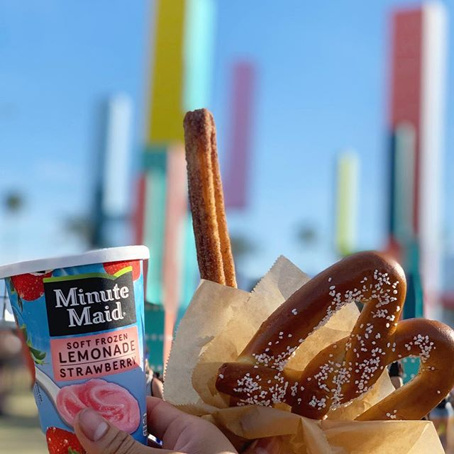 Are you ready for the Kayne West Sunday service this coming weekend at @coachella ?! . . . . #tbt #churros #pretzels #coachella #event #eventspecialists #frozenlemonade #coachella2019 #minutemaid #eventplanning #eventplanner #haagendazs #icecream #vendor #foodvendor #catering #coachellavalley #losangeles #coachellaeats #coachellafestival #eventspecialists  #churrolyfe #churros #festivals #concert #coachellastyle #california #indio #churrocart
