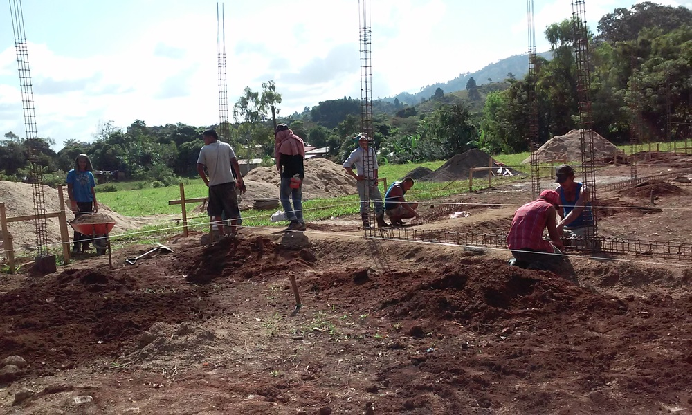 Building new school, Jalapa