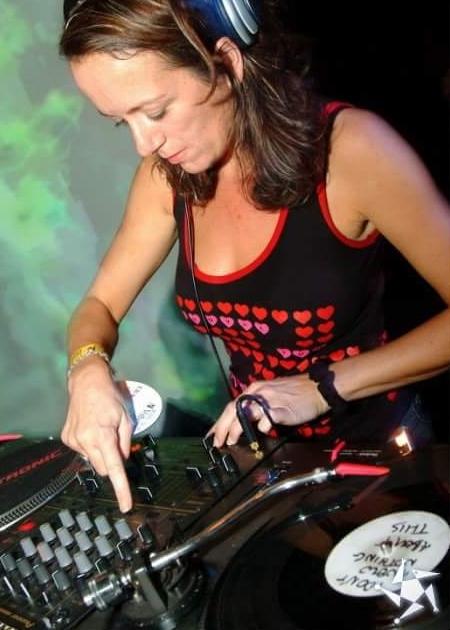 DJ+Tamsin.jpg