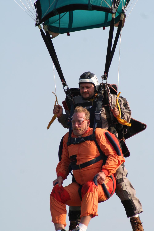 tandem-skydive-landing-Jeremy Gardner.jpg