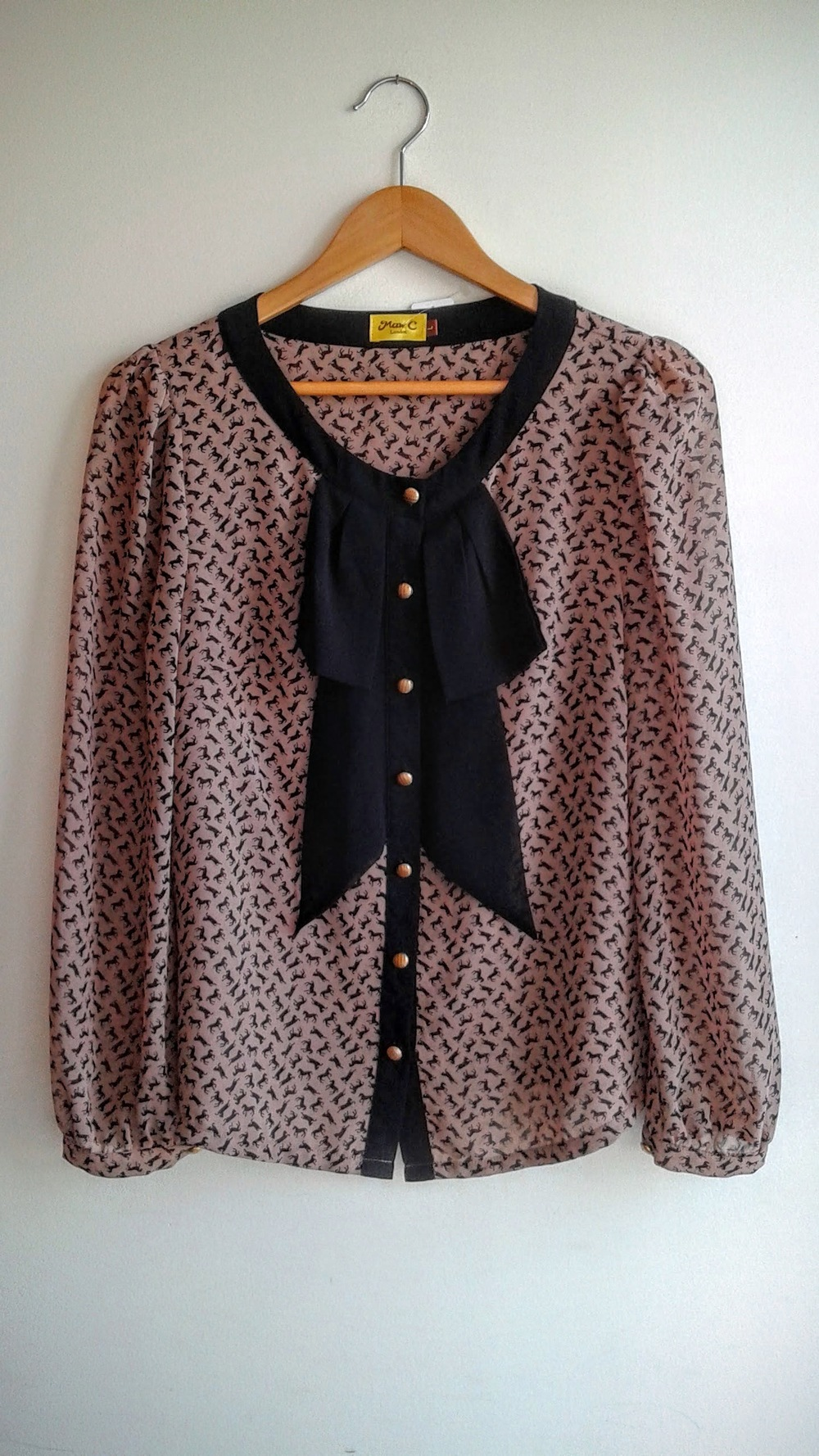 Max C London top; Size L, $26