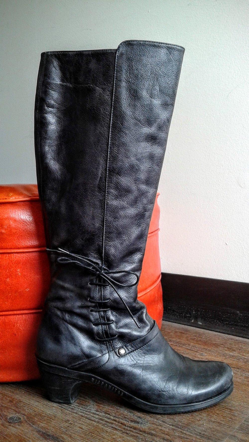 Hispanitas boots, S9, $195