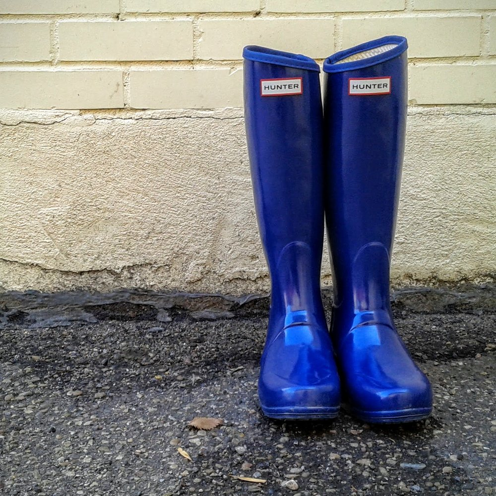 Hunter  rubber boots; S7, $62