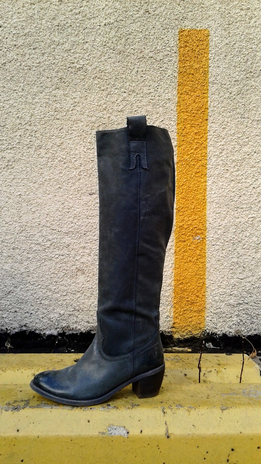 Grey boots; S7, $68