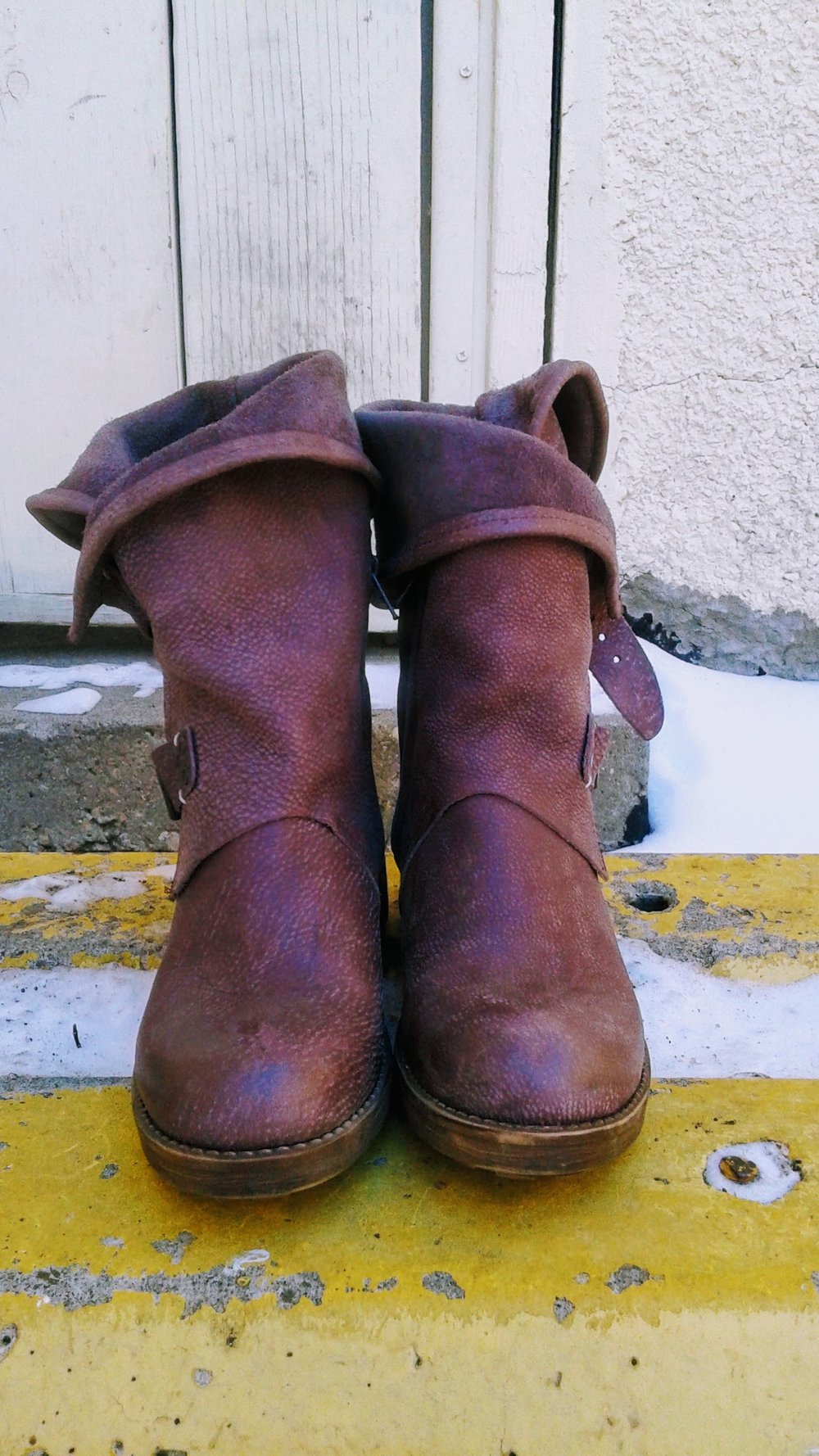 Coolway boots; S6.5, $62